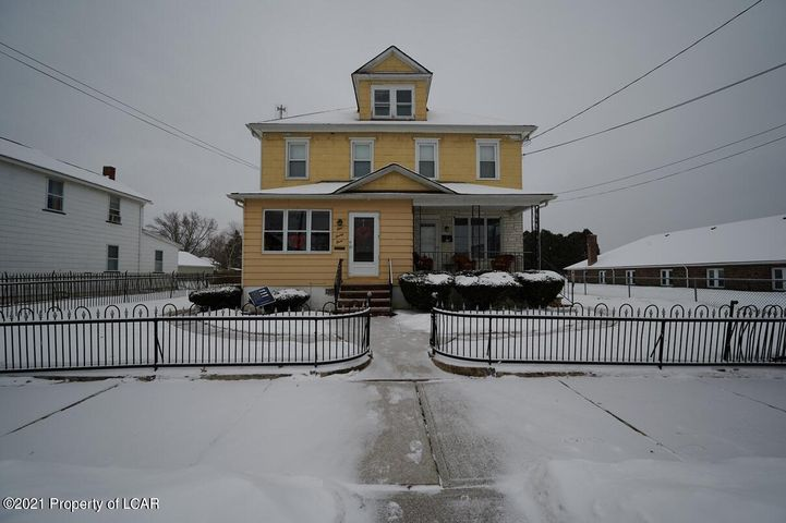 121-123 E 6th Street, Wyoming, PA 18644