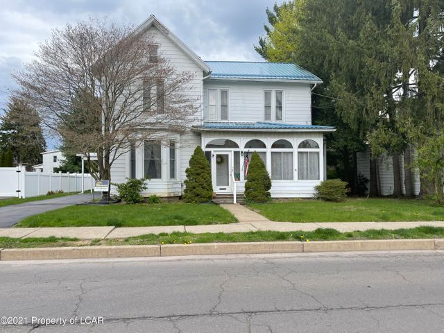 63 Pringle Street, Kingston, PA 18704