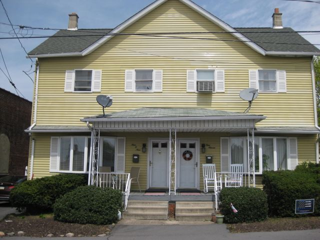 909 Hawthorne Street, Avoca, PA 18641