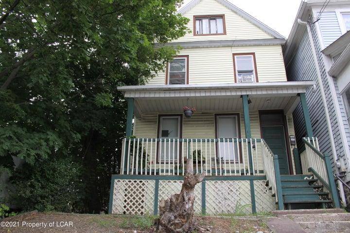 563 N Main Street, Wilkes-Barre, PA 18705