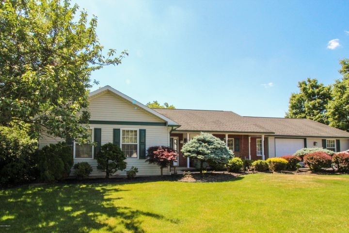 300 WOODS RUN ROAD, Muncy, PA 17756