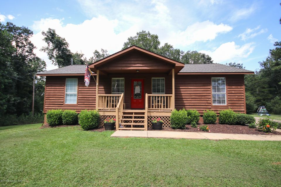 114 SHELTERED COVE RD, Jasper, AL 35504