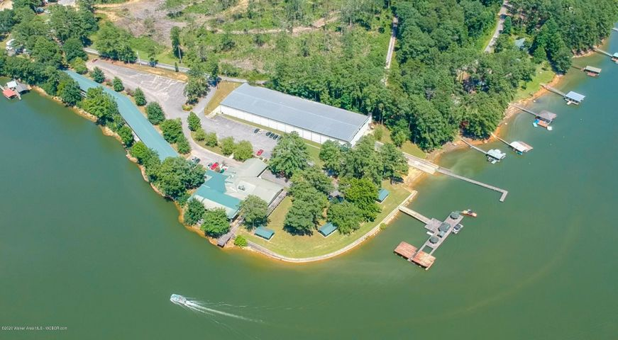 364 LAKESHORE DR, Double Springs, AL 35553