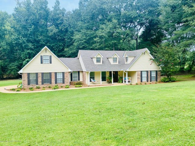 103 ARROWHEAD VILLAGE, Winfield, AL 35594