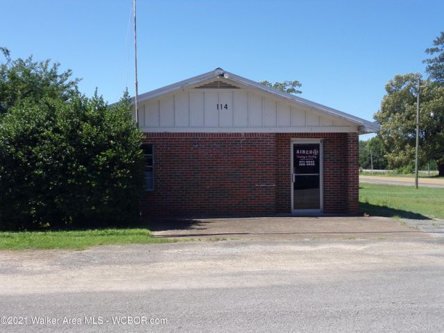114 THIRD St, Nauvoo, AL 35578