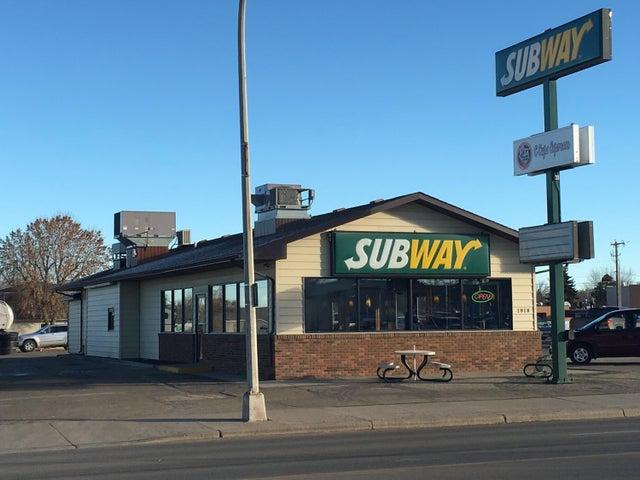 1918 2nd Ave W, Williston, ND 58801