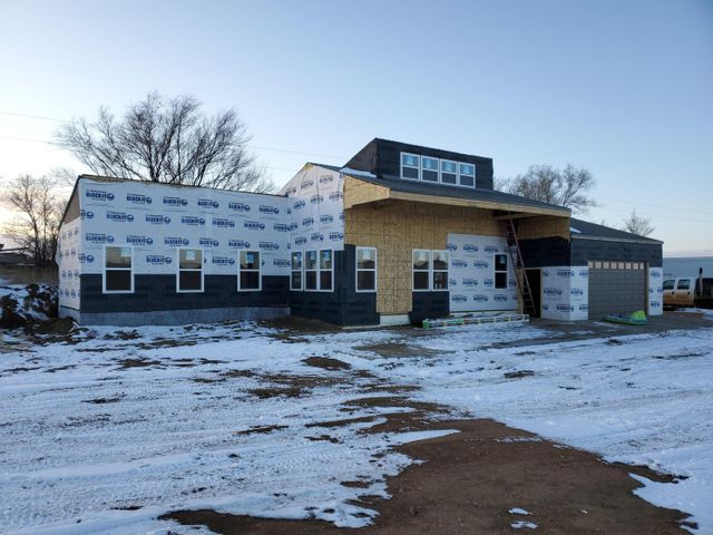 3276 125th Ave NW, Watford City, ND 58854