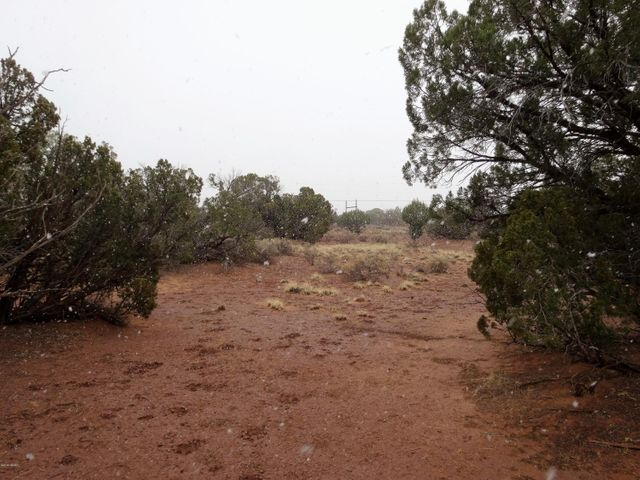 Beautiful 39.92 acre parcel in Snowflake, AZ