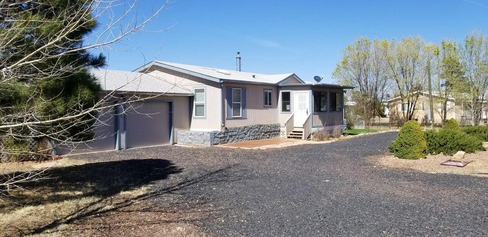 2136 Shell Canyon Road, Overgaard, AZ 85933