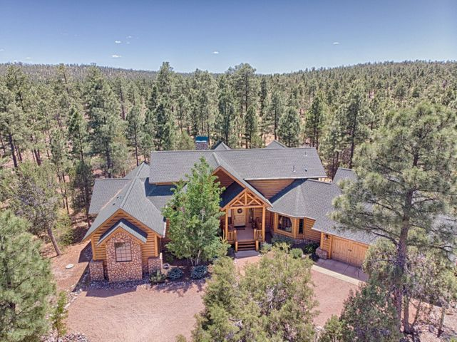 Great home on the National Forest