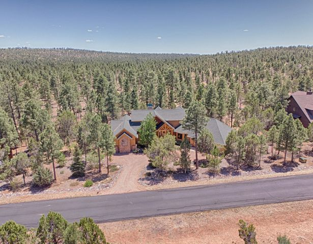 2300 S Monkshood Road, Show Low, AZ 85901