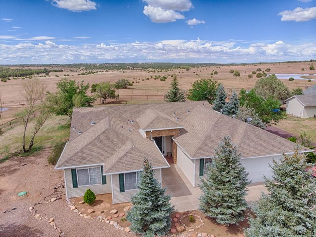 5012 Hollyhock Street, Clay Springs, AZ 85923