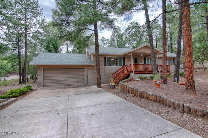 2562 Oak Leaf Drive, Lakeside, AZ 85929