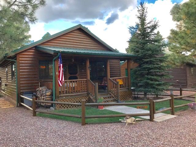 2650 Lodge Loop, Overgaard, AZ 85933