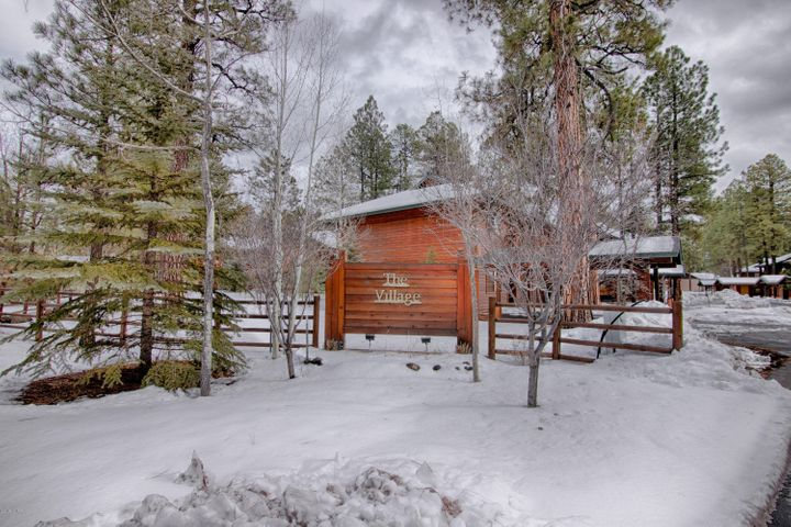 2536 Village Loop, Pinetop, AZ 85935