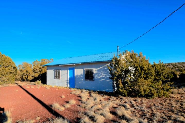 48 County Rd 5064, Concho, AZ 85924