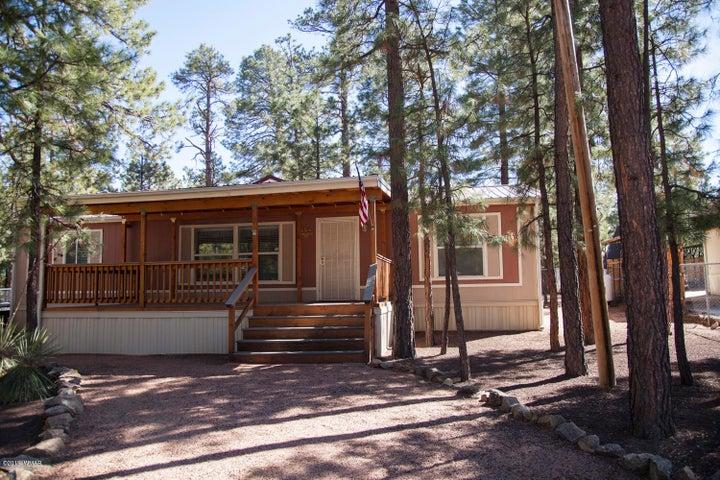 2151 N Woods Drive, Overgaard, AZ 85933