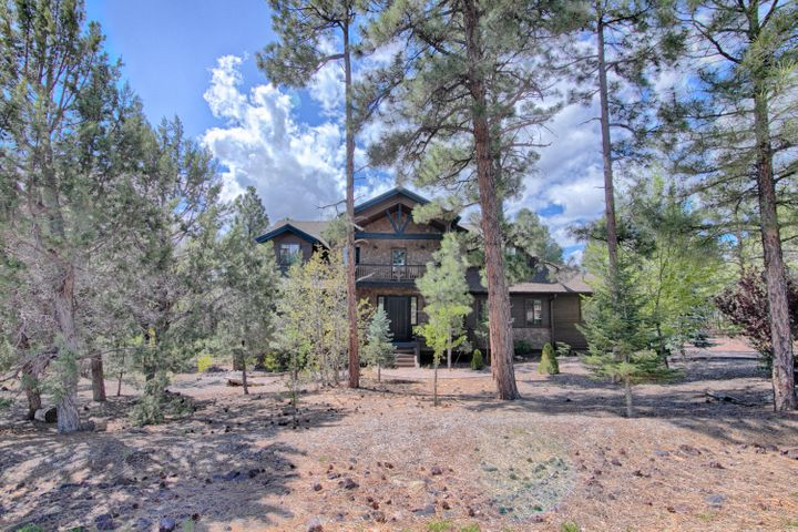 2260 S Monkshood Road, Show Low, AZ 85901