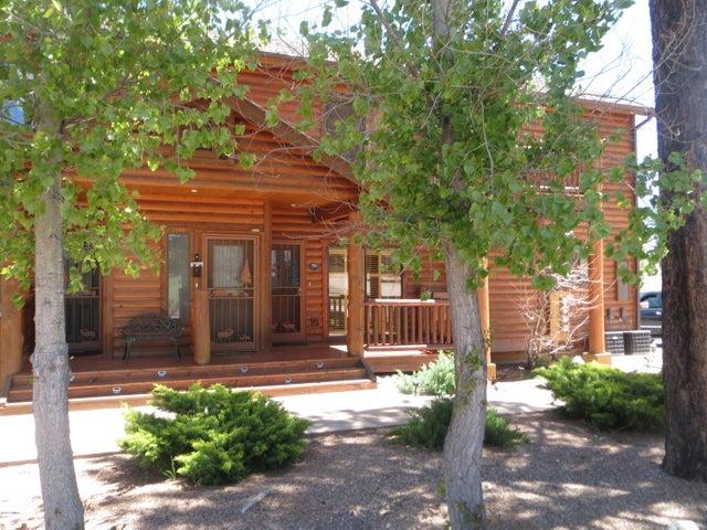 2266 Overgaard Springs Loop, Overgaard, AZ 85933