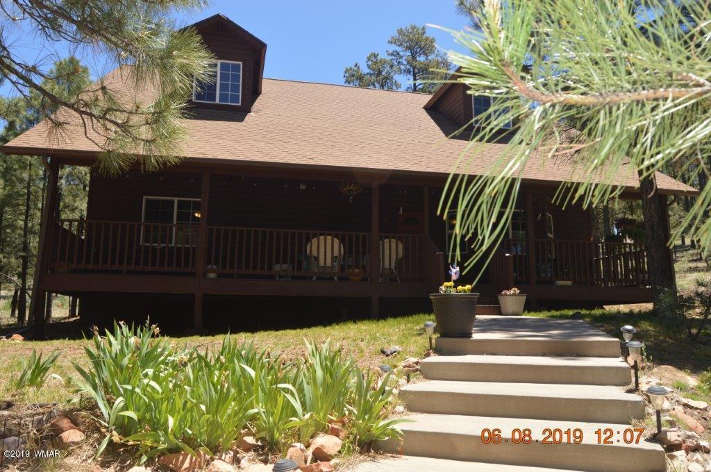 2873 Homestead Drive, Overgaard, AZ 85933