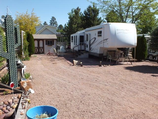 2234 Wrangler Way, Overgaard, AZ 85933
