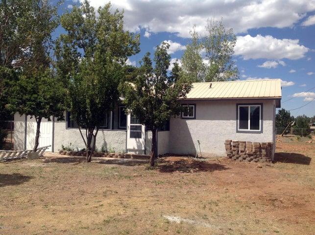 2202 Sitgreaves Drive, Overgaard, AZ 85933