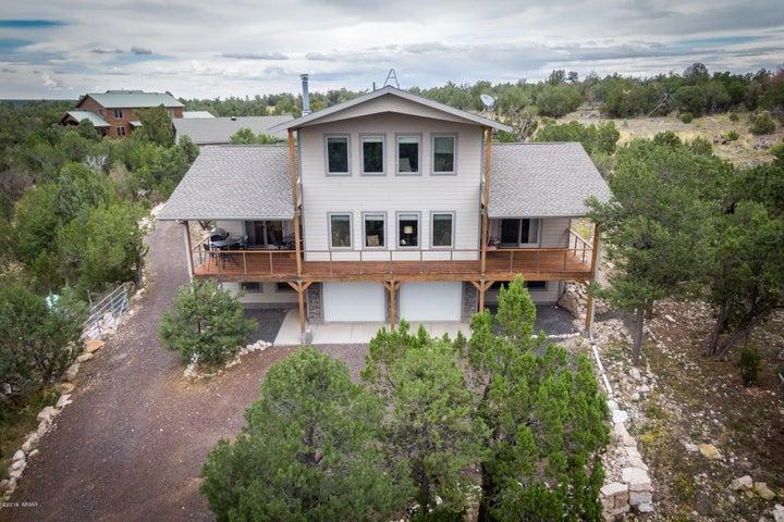 3254 Outlaw Trail, Overgaard, AZ 85933