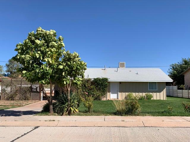 1308 Heywood Avenue, Holbrook, AZ 86025