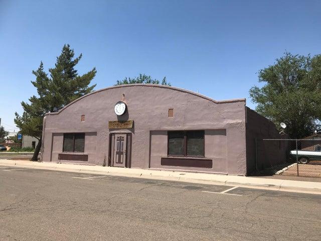 104 E 1st Street, Winslow, AZ 86047