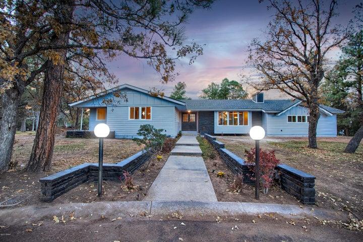 1060 N Fairway Circle, Show Low, AZ 85901