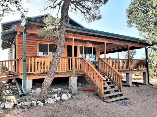 2031 Shadow Pines Drive, Overgaard, AZ 85928