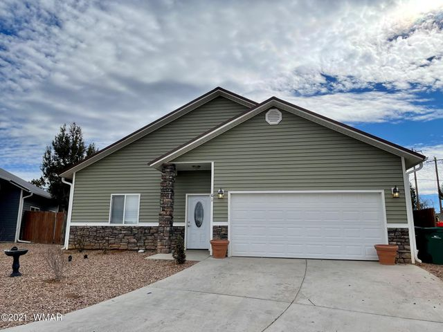 61 N Canyon Loop, Show Low, AZ 85901