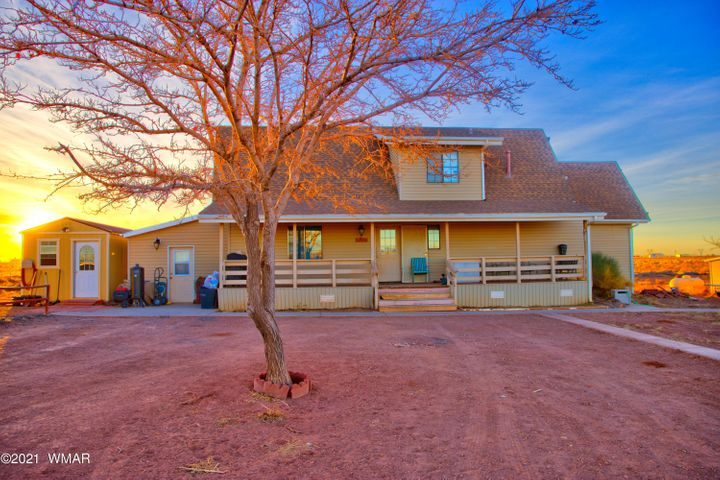 7102 Hawk Hollow Lane, Holbrook, AZ 86025