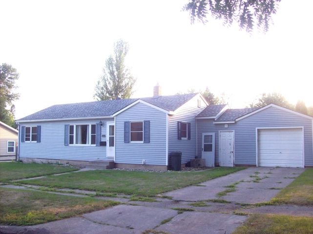 1167 1ST STREET NW, Watertown, SD 57201