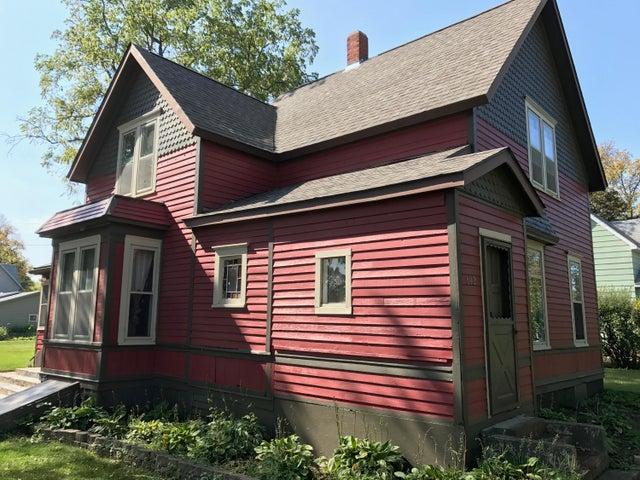 602 3RD STREET W, Clear Lake, SD 57226
