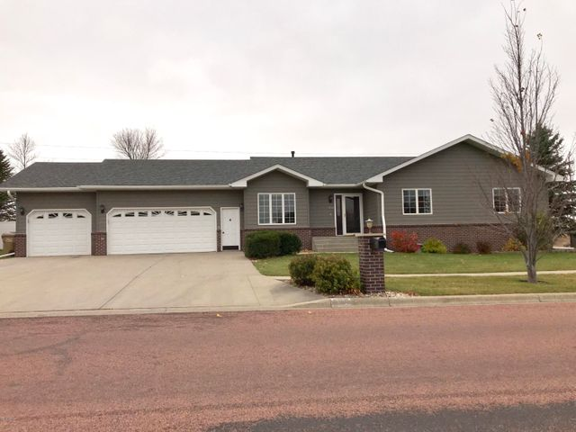 406 20TH AVENUE NW, Watertown, SD 57201