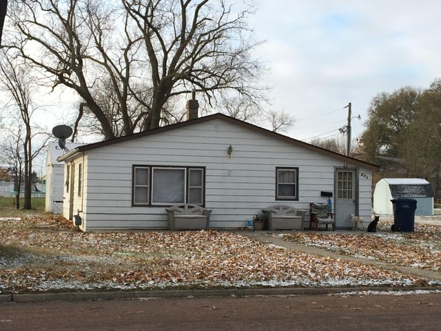 206 7TH AVENUE SW, Watertown, SD 57201