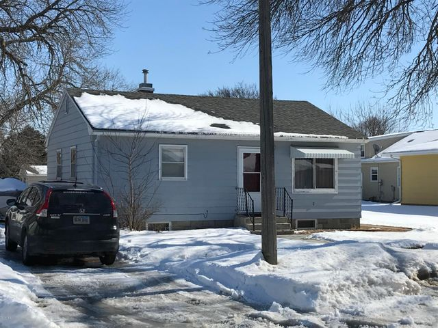 408 2ND AVENUE S, Clear Lake, SD 57226