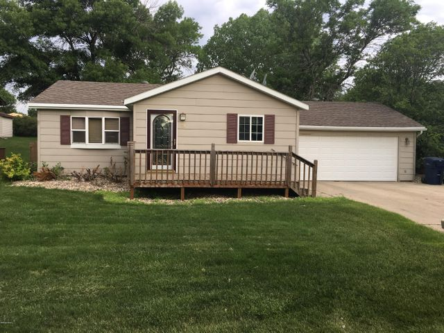 119 18TH STREET NW, Watertown, SD 57201