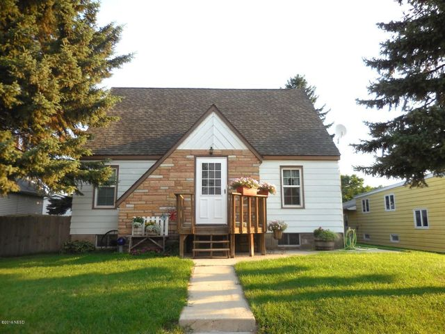 1115 3RD AVENUE NW, Watertown, SD 57201