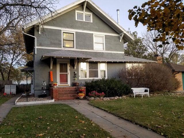 910 N MAPLE STREET, Watertown, SD 57201