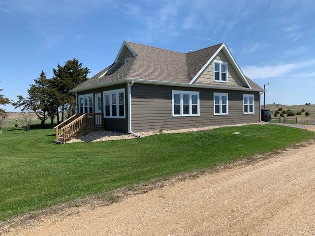 15582 464TH AVENUE, South Shore, SD 57263
