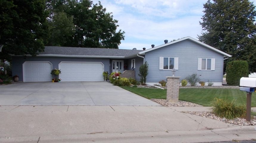 2605 4TH AVENUE NW, Watertown, SD 57201
