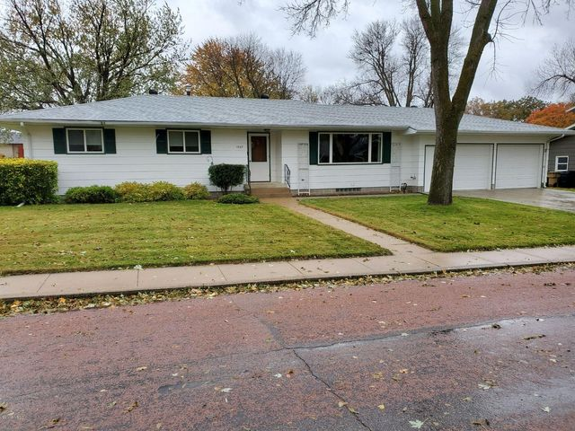 1027 3RD STREET NW, Watertown, SD 57201