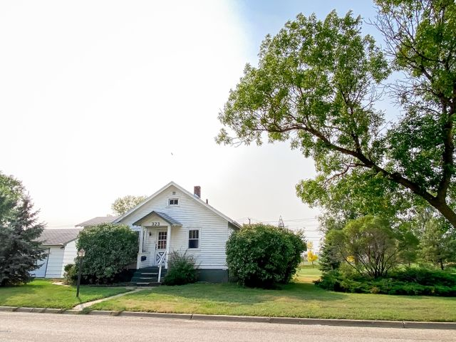 323 N 4TH STREET, Aberdeen, SD 57401