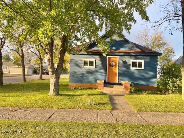 1317 W KEMP AVENUE, Watertown, SD 57201