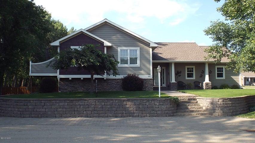 302 Main Ave, Lake Norden