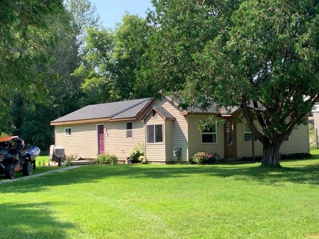 3104 Gratiot Road, Indian River, MI 49749