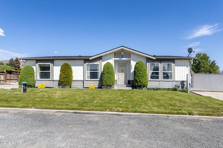 3811 Commonwealth Rd, Yakima, WA 98901