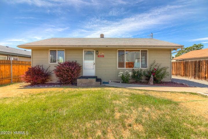 1616 Voelker Ave, Yakima, WA 98902